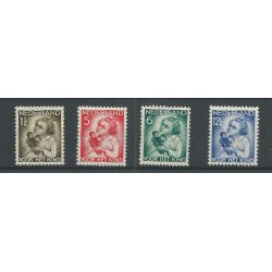 Nederland 270-273 Kind 1934 MNH/postfris CV 105 €